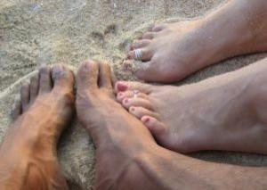 voeten-in-het-zand_2834694